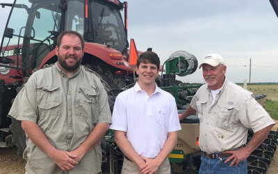 United States Congressional staff visit Mississippi farms