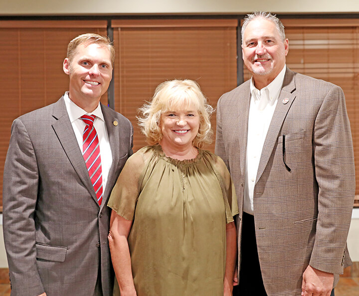 Forming lasting relationships: Lincoln County Farm Bureau hosts legislative dinner